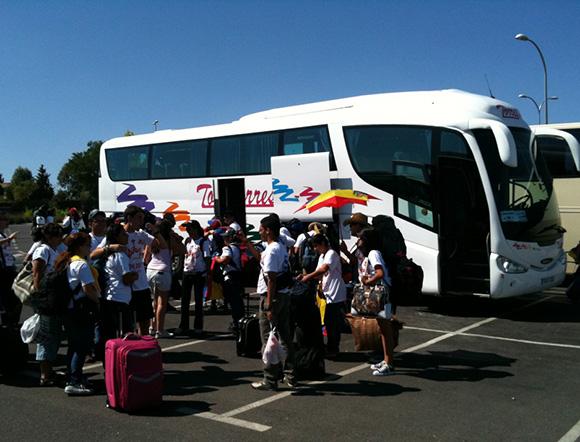 Disfruta la Feria de Córdoba viajando en autobús