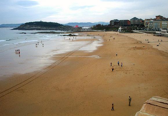 Disfruta de un viaje barato en autobús a Santander