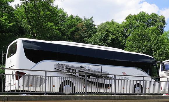 Completan cinco autobuses para viajar a la final de Milán