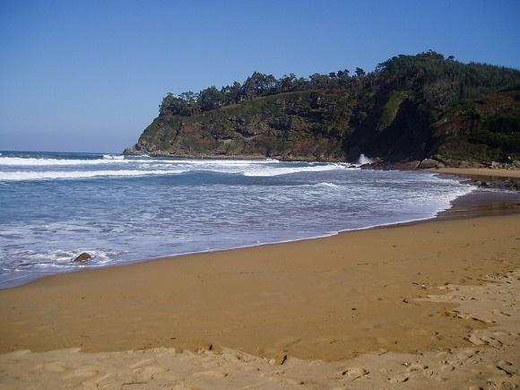 Las playas casi desiertas a las que llegar en autobús