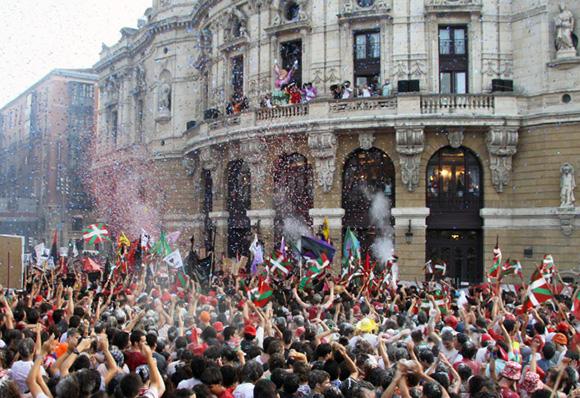 Disfruta de la Semana Grande de Bilbao viajando en Autobús