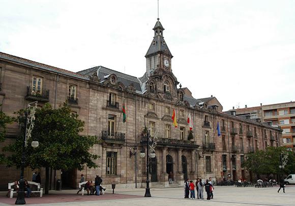 Descubre Torrelavega haciendo un viaje barato en autobús