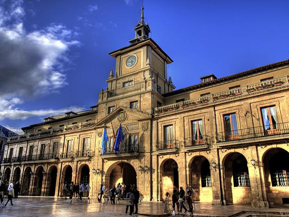 Prepara un viaje barato en autobús a Oviedo para este septiembre