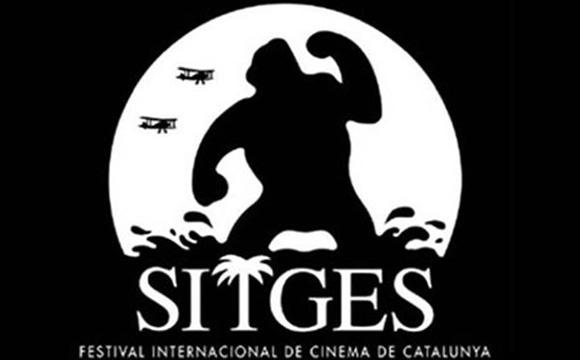 Disfruta de Sitges y su festival de cine viajando en autobús