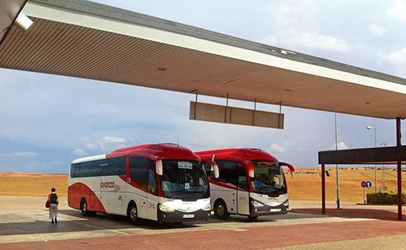 ¿A qué ciudades es más baratos viajar en autobús que en avión?