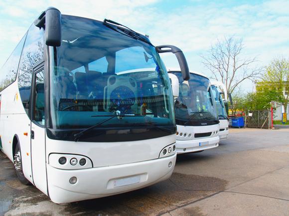 Ventajas de alquilar un autobús para hacer un viaje o excursión