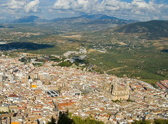 Prepara un viaje barato en autobús a la ciudad de Jaén