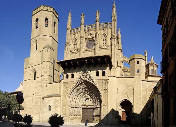 Aprovecha enero y febrero para hacer un viaje en autobús a Huesca