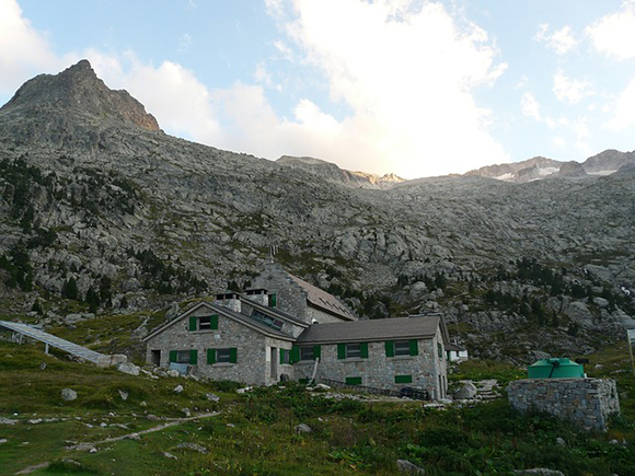 Si quieres disfrutar del turismo y la naturaleza viaja en autobuses baratos a las comarcas del Pirineo Aragonés