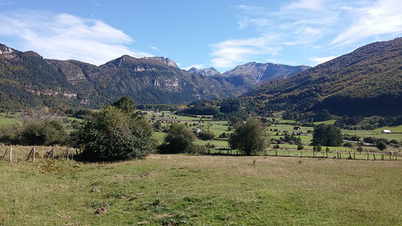 Descubre los rincones naturales más emblemáticos de Navarra haciendo un viaje barato en autobús este mes de julio 2017