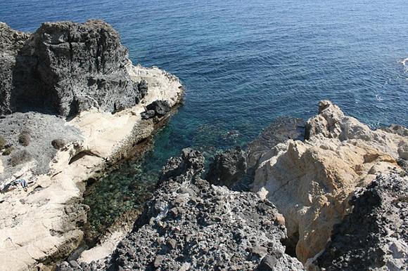 Este verano 2017 viaja en autobuses baratos a conocer las calas y playas del Cabo de Gata