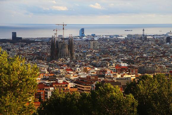 Viaja en autobuses baratos a Barcelona en agosto o septiembre 2017 ¡te encantará!