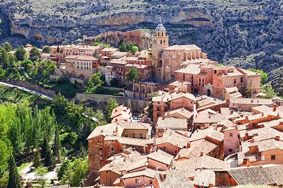 Descubre Albarracín viajando este otoño 2017 en autobuses baratos