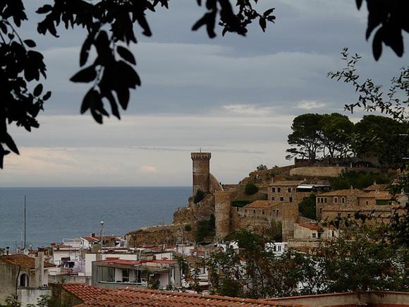 Lugares de Cataluña a los que viajar en autobuses baratos este 2018