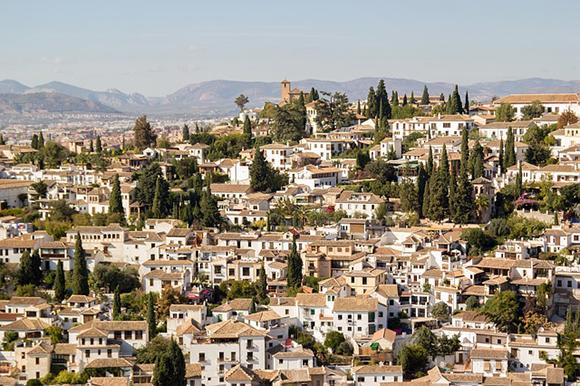 Tras los pasos de Lorca en Granada en autobuses baratos este 2018