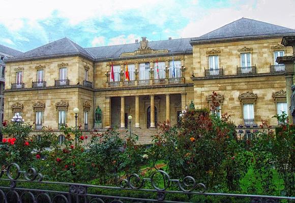 Billetes de autobús baratos a Vitoria Gasteiz para San Prudencio 2018