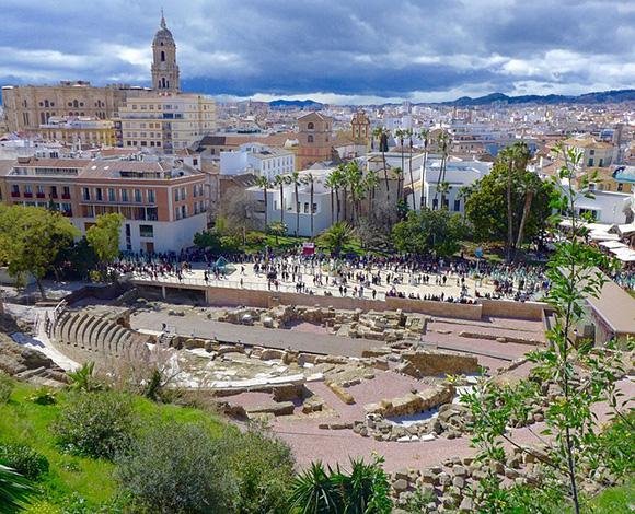 Viaja en autobuses baratos a estos teatros romanos en 2018