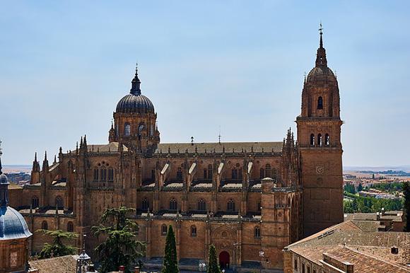 Billetes de autobús baratos a Salamanca en mayo 2018
