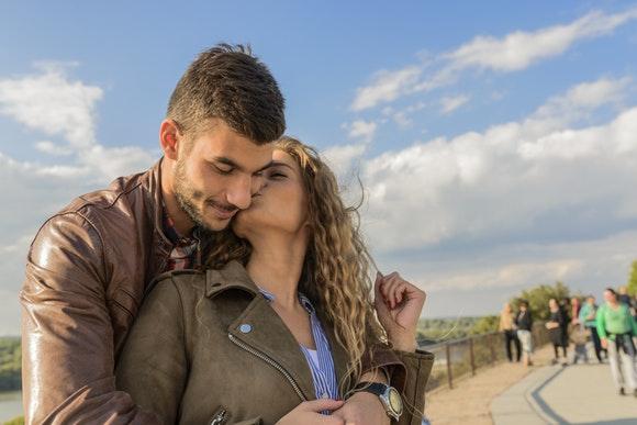 Viaja en autobús a los rincones más románticos de España