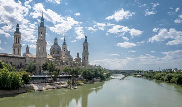 Autobuses baratos a las Fiestas del Pilar de Zaragoza 2018